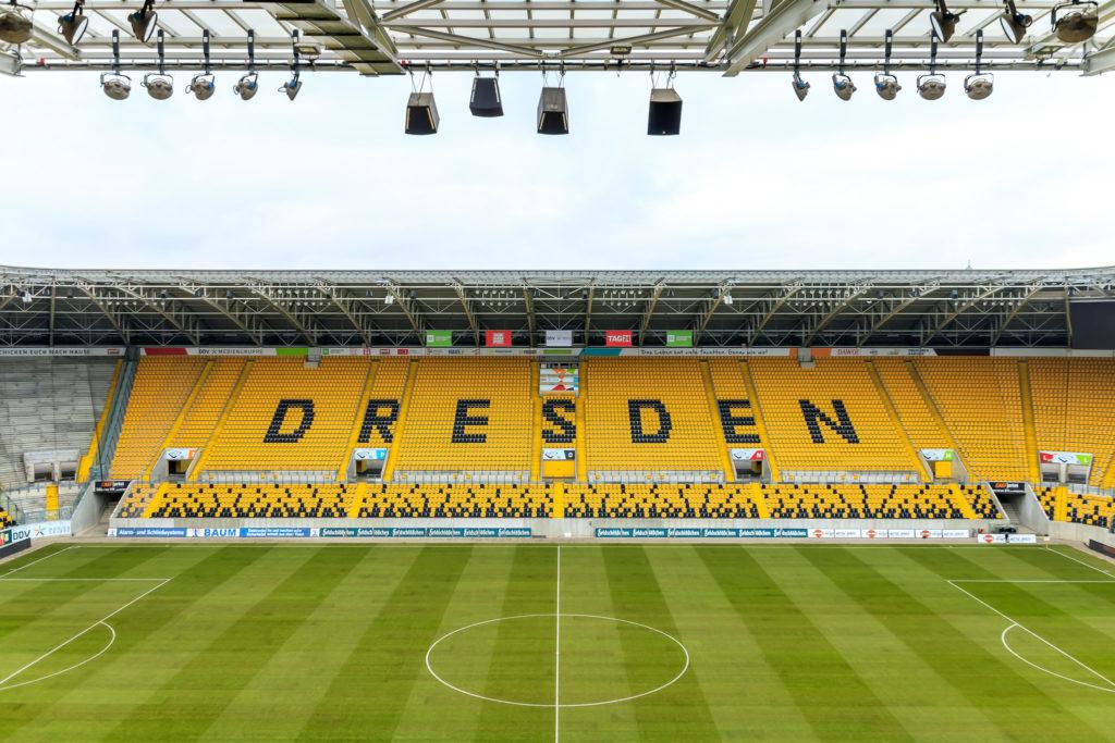 Gegengerade • Rudolph-Harbig-Stadion, Dresden